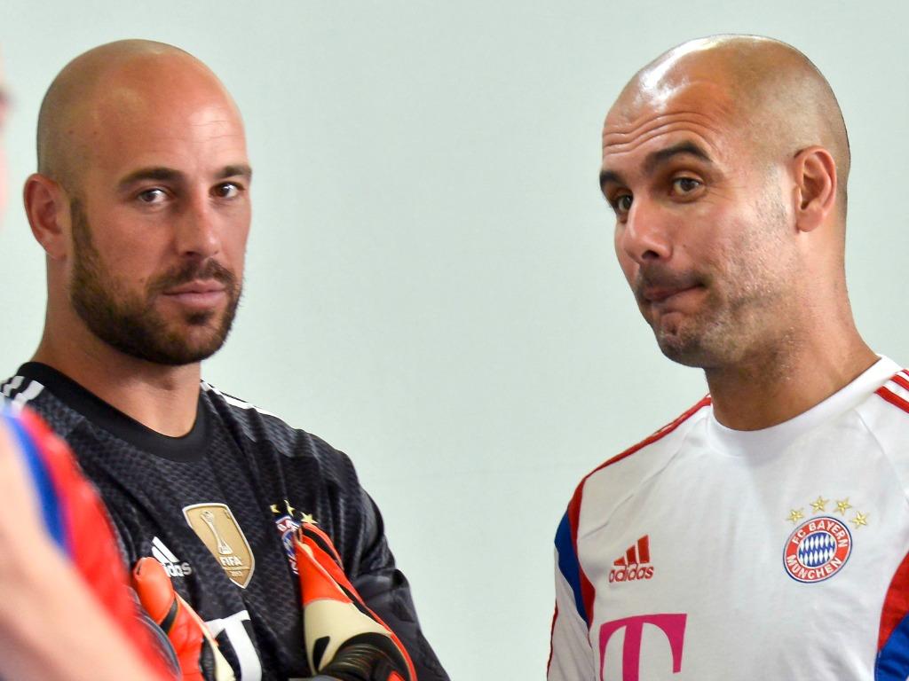 Pepe Reina et Pep Guardiola