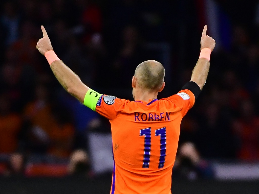 Les Pays-Bas absents du Mondial, Robben tire sa révérence