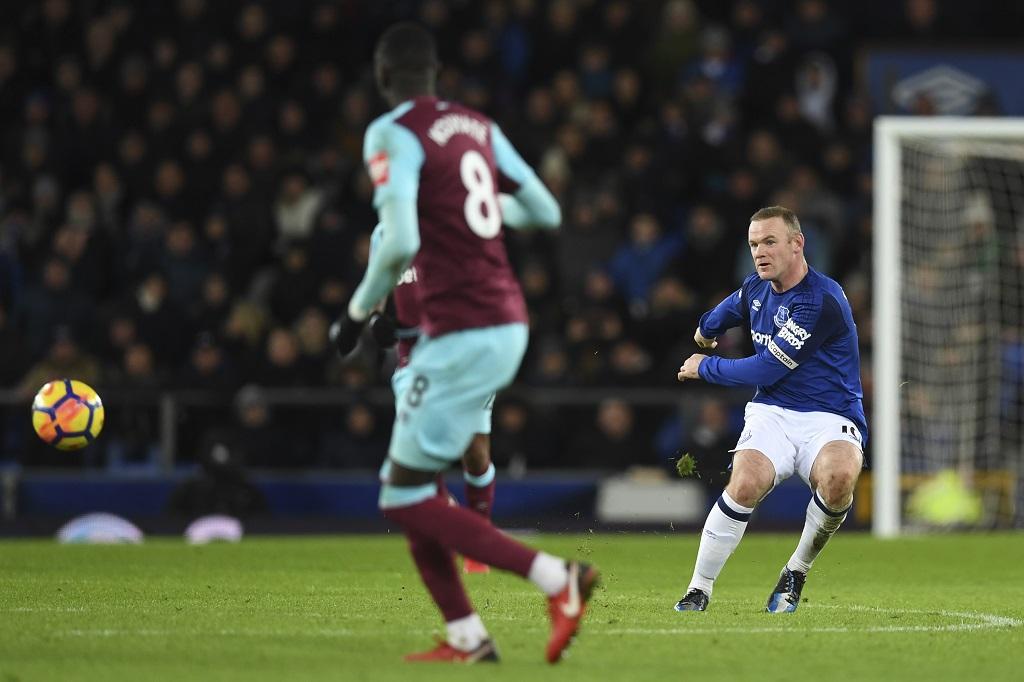 Un 10e but pour Rooney, et Everton enfonce Swansea — Premier League