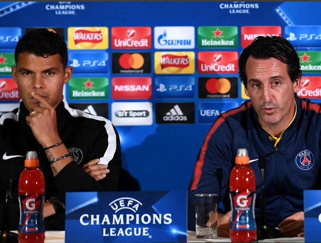 Thiago Silva avec Unai Emery en conférence de presse