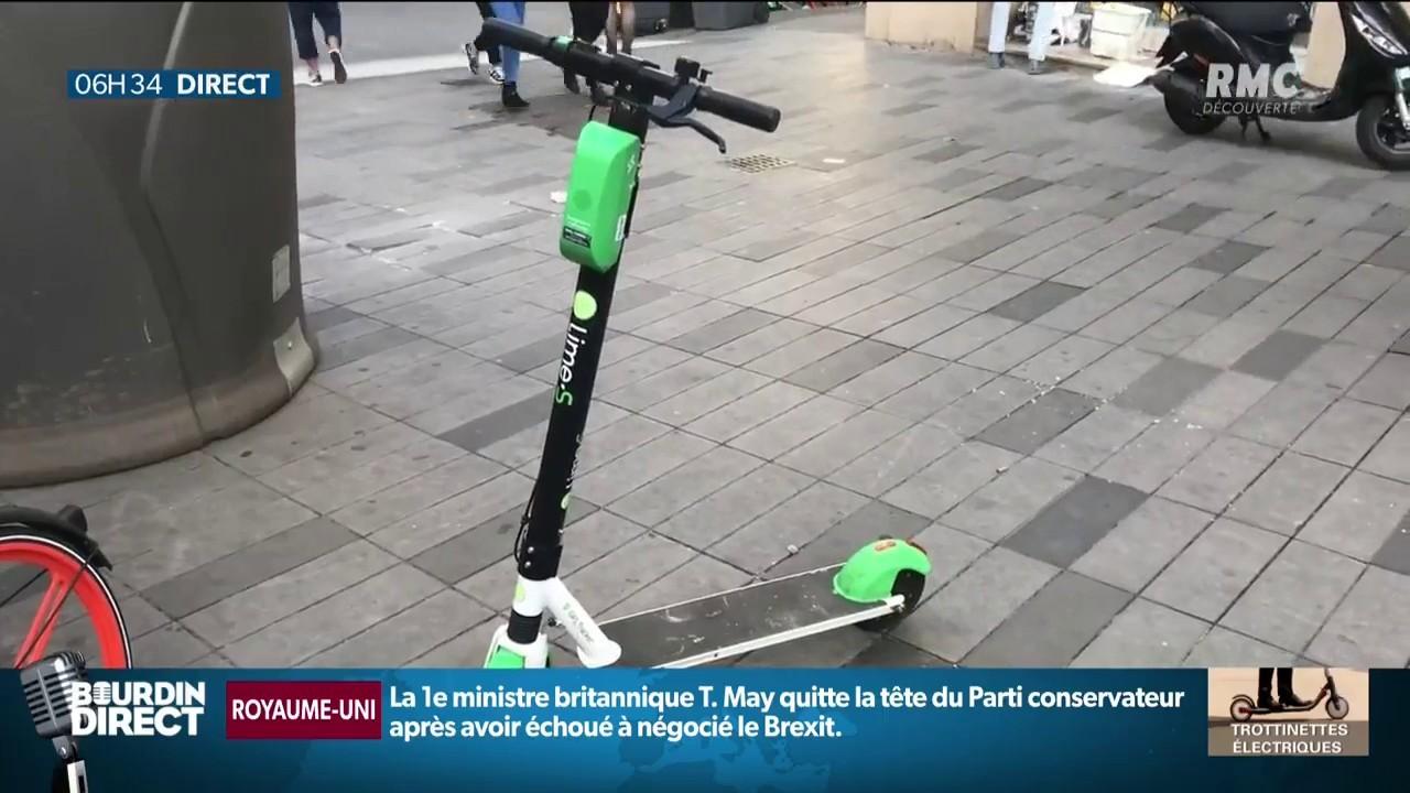 Un utilisateur de trottinette électrique meurt percuté par un camion à Paris
