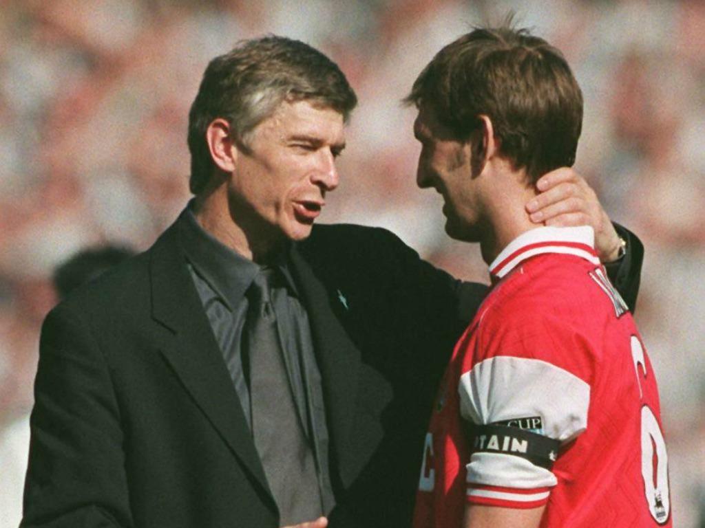 Wenger aurait annoncé qu'il reste, Wright appréciera — Arsenal