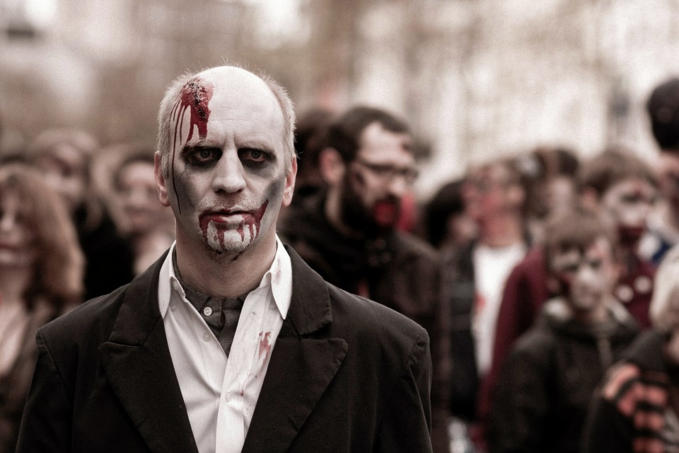 Une radio annonce une attaque zombie dans l'Indiana